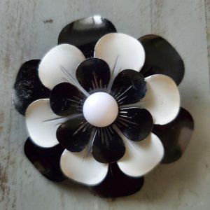 BOHO Flower Brooch Black White Metal